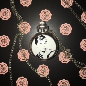 Jewelry - 🌸5/$15 Audrey Hepburn pocket watch necklace